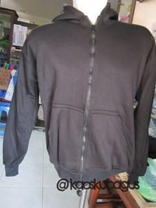jaket polos warna hitam